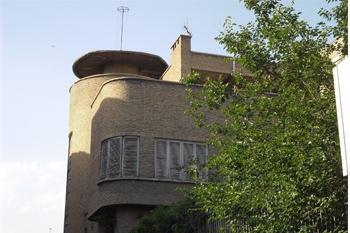 A house in Tehran by Russian Architect